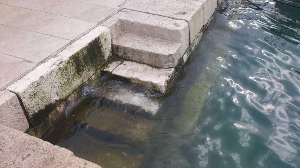 plima ili šćiga u Primoštenu