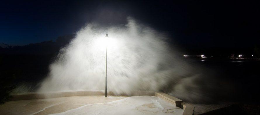 Uzburkano more kroz objektiv Ivana Huljeva