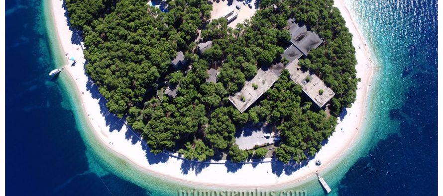 Hrvatska je u prvom tjednu srpnja zabilježila 90 tisuća gostiju manje nego u istom razdoblju lani. Osim toga, bilježi se i 400.000 noćenja manje nego u istom razdoblju prošle godine.