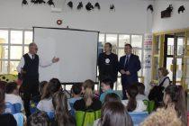 Ministar rada i mirovinskog sustava posjetio OŠ Primošten