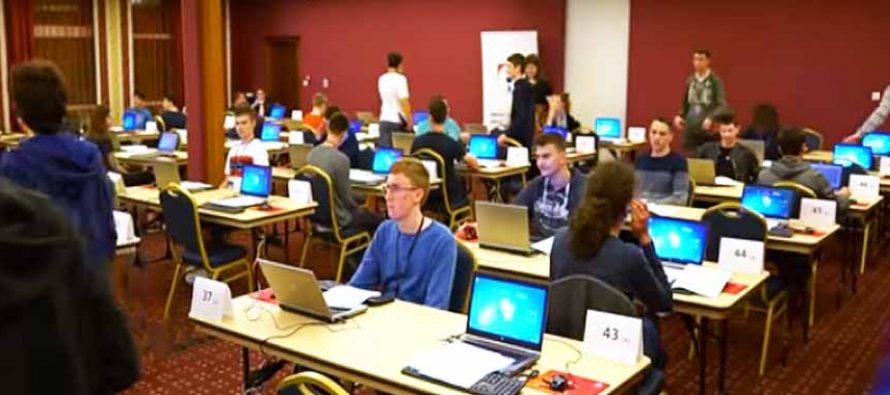 Video sa državnog natjecanja iz informatike održanog u Primoštenu